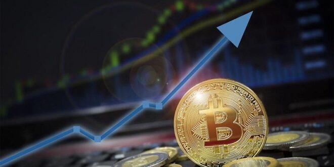 Precio de Bitcoin mantiene auge alcista