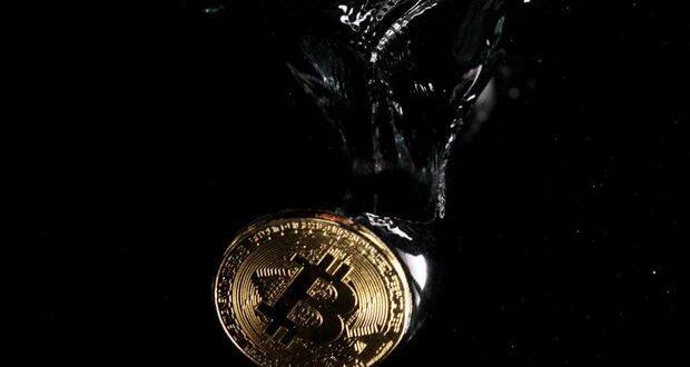 Bitcoin cae brevemente por debajo de $ 30,000, cayendo un 12% en lo que va de la semana