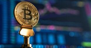 Bitcoin cae un 5% a pesar de la acumulación continua por parte de los inversores