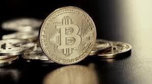 Bitcoin vuelve a subir a 50,000 dólares